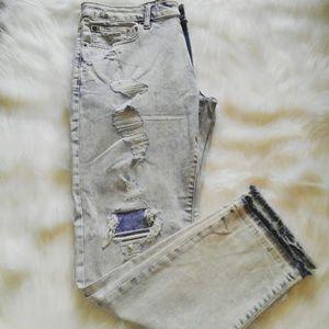 AEO Extreme Flex Distressed Jeans 34x30